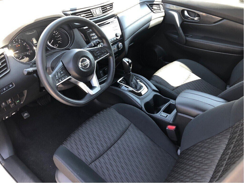 2017 Nissan Rogue S FWD CVT in Vancouver, British Columbia - 11 - w1024h768px