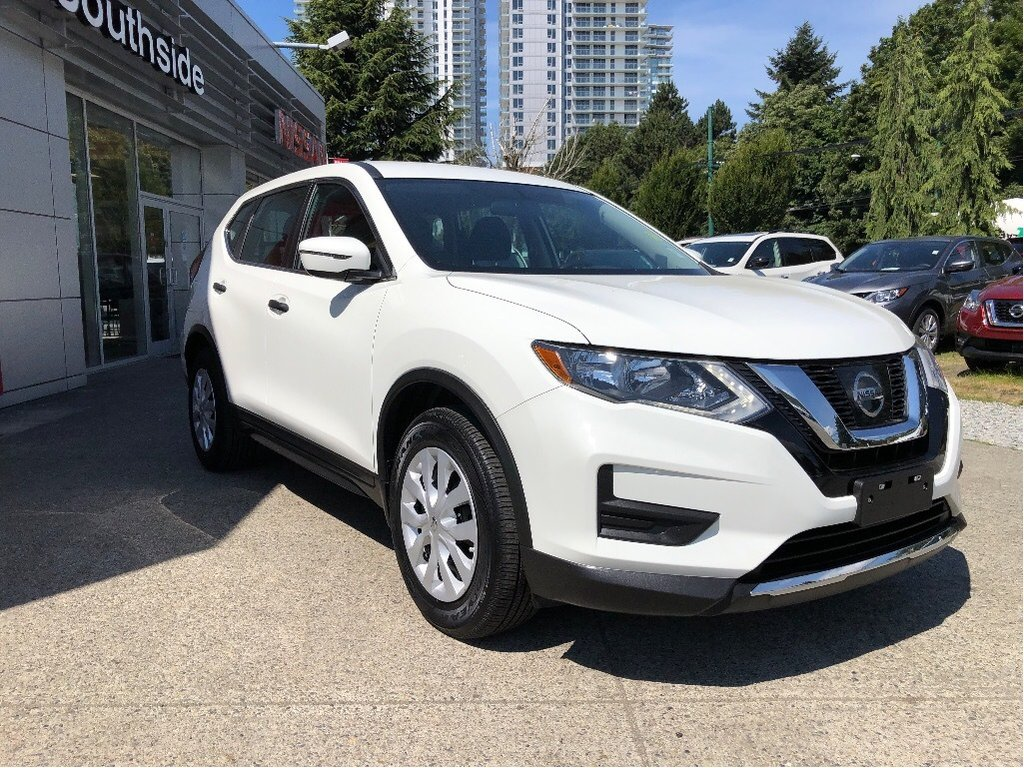 2017 Nissan Rogue S FWD CVT in Vancouver, British Columbia - 25 - w1024h768px