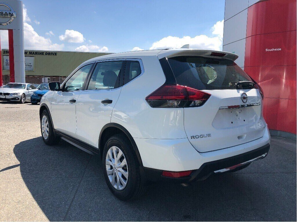 2017 Nissan Rogue S FWD CVT in Vancouver, British Columbia - 7 - w1024h768px