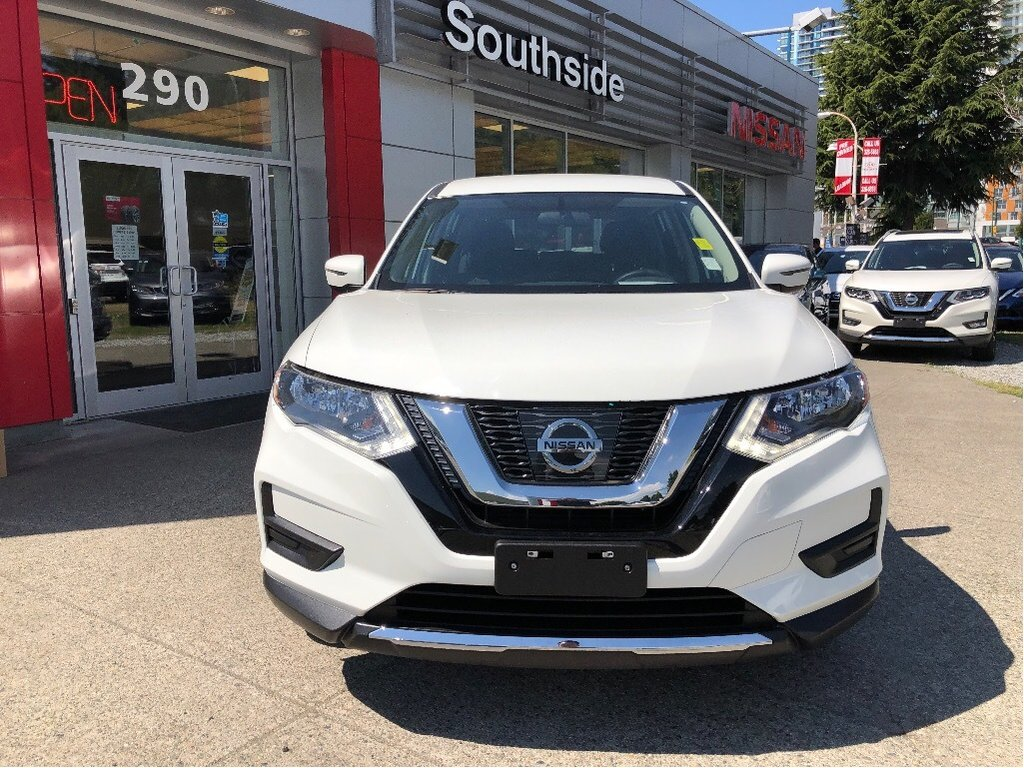 2017 Nissan Rogue S FWD CVT in Vancouver, British Columbia - 24 - w1024h768px