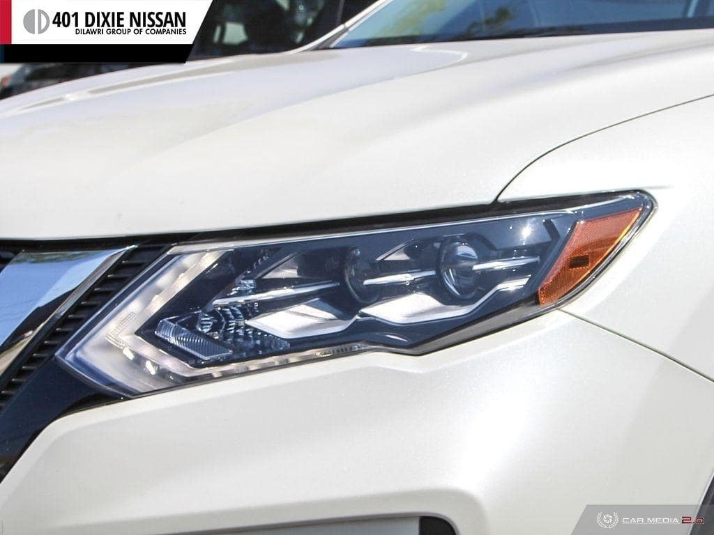 2017 Nissan Rogue SL Platinum AWD in Mississauga, Ontario - 10 - w1024h768px