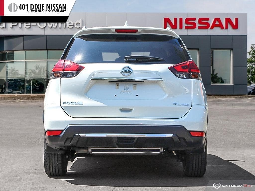 2017 Nissan Rogue SL Platinum AWD in Mississauga, Ontario - 5 - w1024h768px