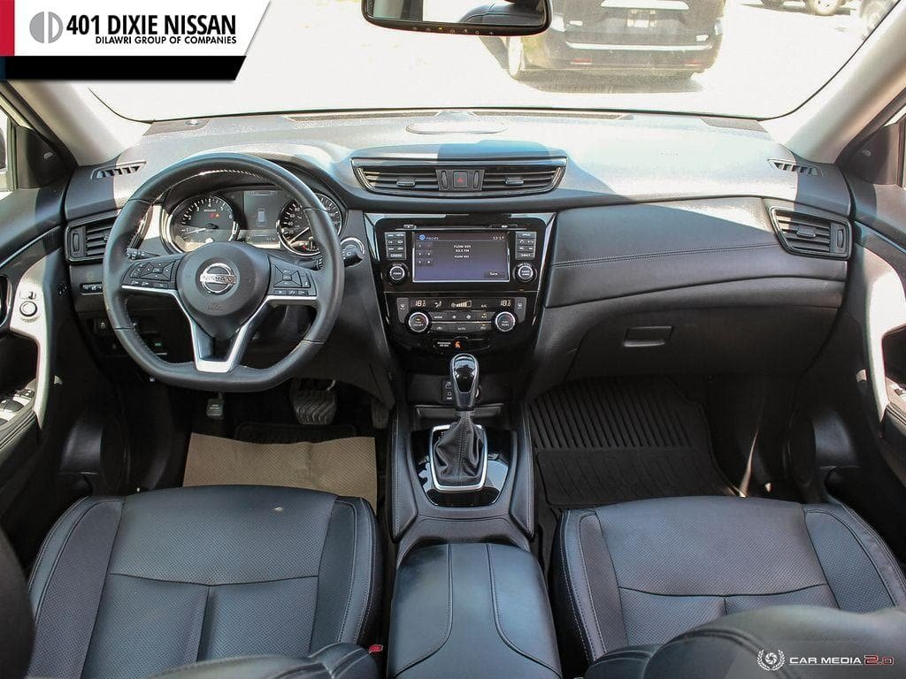 2017 Nissan Rogue SL Platinum AWD in Mississauga, Ontario - 24 - w1024h768px