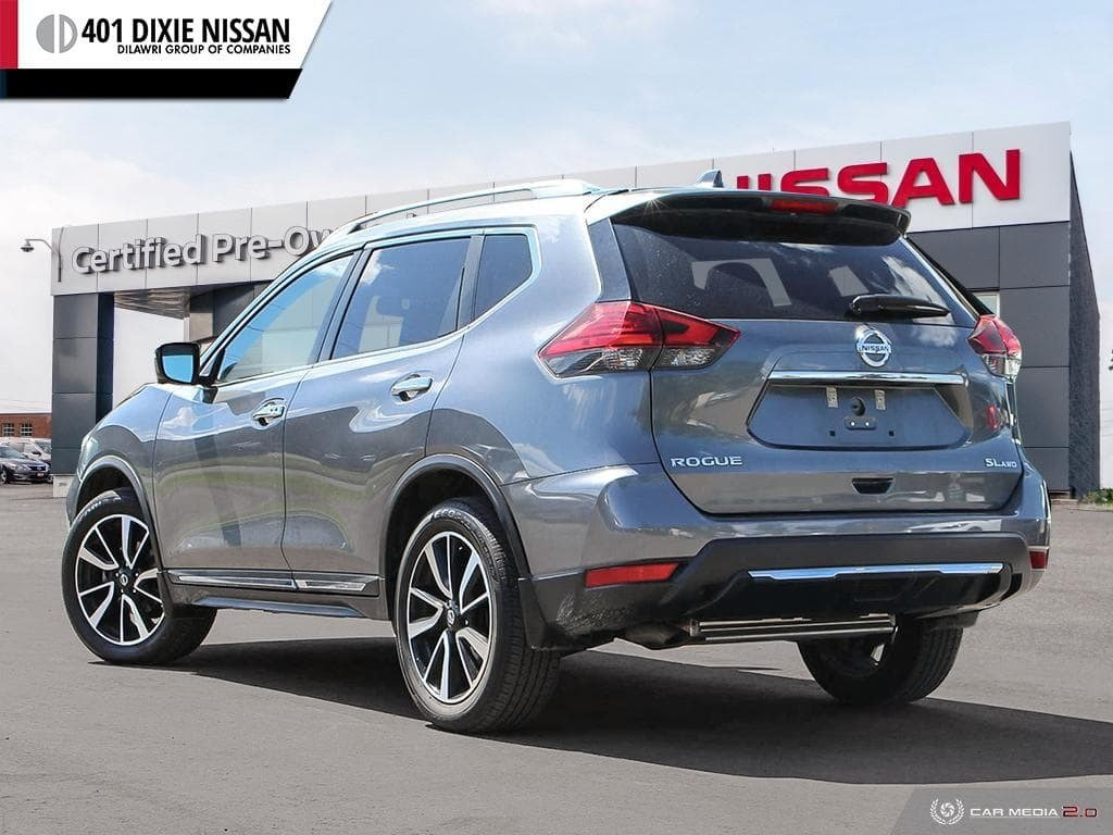 2017 Nissan Rogue SL Platinum AWD in Mississauga, Ontario - 4 - w1024h768px