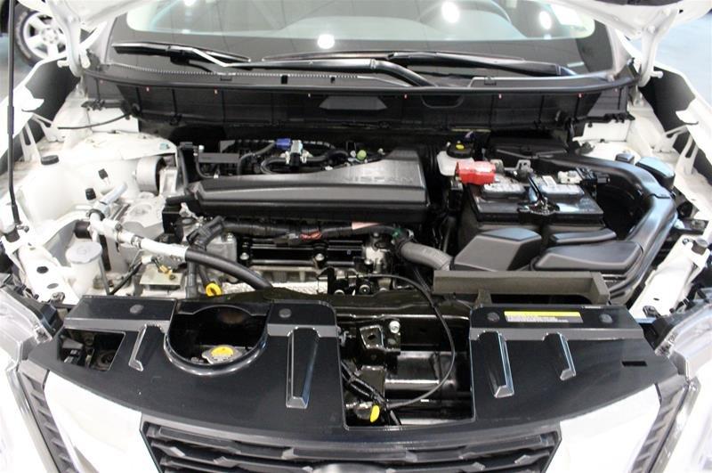 2018 Nissan Rogue SV AWD CVT in Regina, Saskatchewan - 18 - w1024h768px