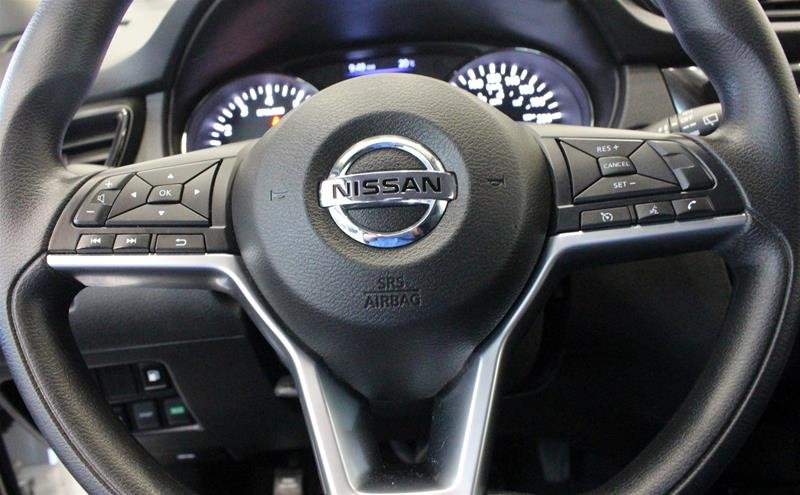 2018 Nissan Rogue SV AWD CVT in Regina, Saskatchewan - 6 - w1024h768px