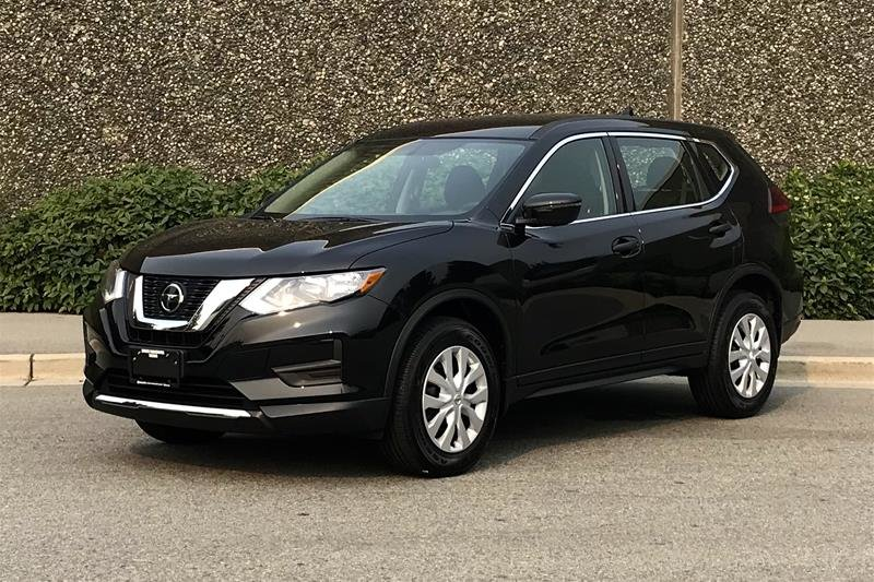2018 Nissan Rogue S AWD CVT in North Vancouver, British Columbia - 2 - w1024h768px