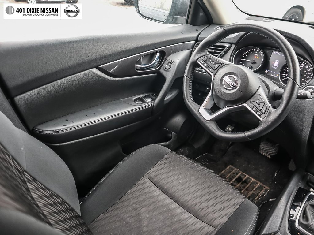 2018 Nissan Rogue SV AWD CVT in Mississauga, Ontario - 39 - w1024h768px