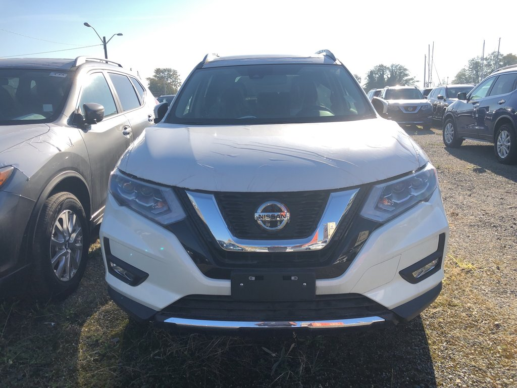 2018 Nissan Rogue SL AWD CVT in Vancouver, British Columbia - 2 - w1024h768px