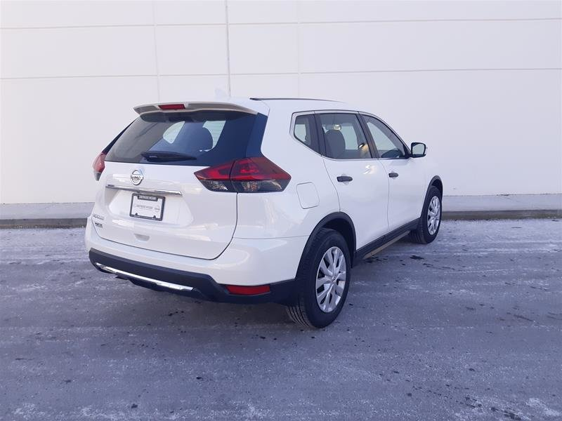 2018 Nissan Rogue S FWD CVT in Vancouver, British Columbia - 9 - w1024h768px
