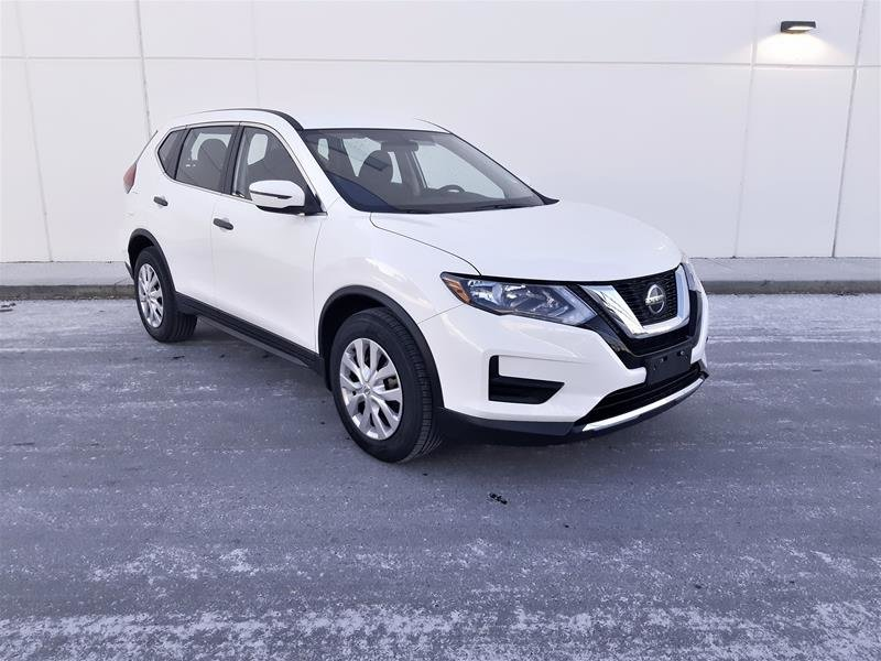 2018 Nissan Rogue S FWD CVT in Vancouver, British Columbia - 2 - w1024h768px