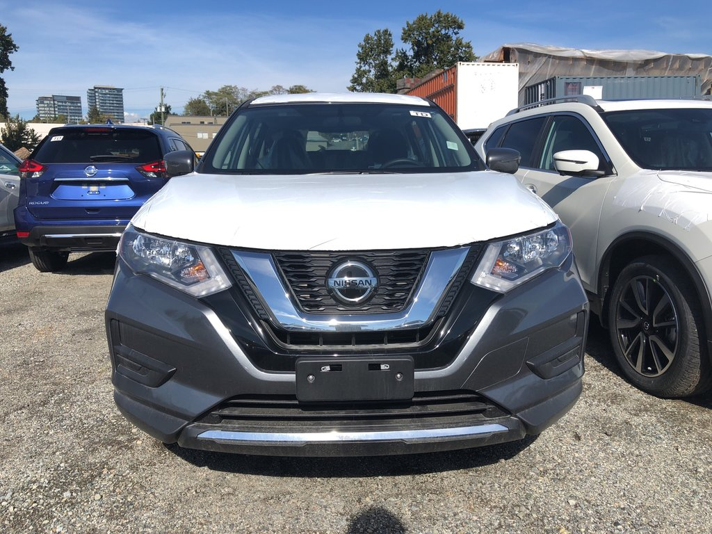 2018 Nissan Rogue S AWD CVT in Vancouver, British Columbia - 2 - w1024h768px