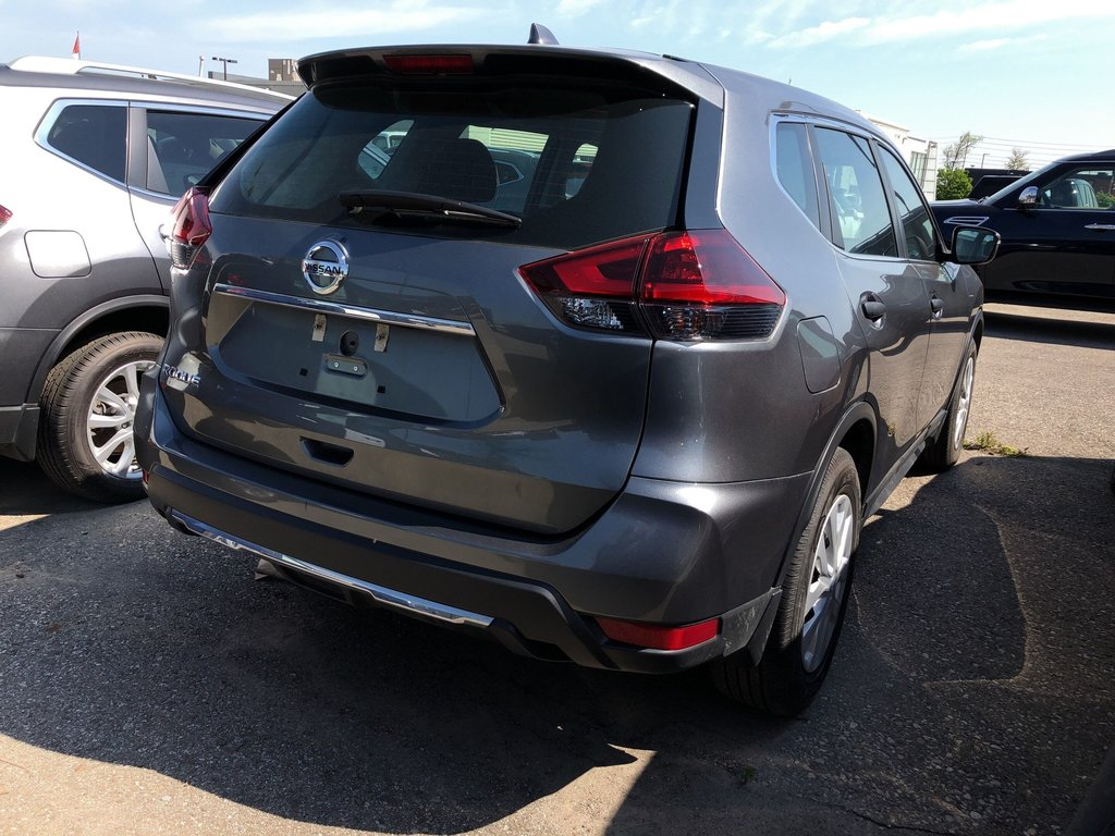 2018 Nissan Rogue S FWD CVT in Mississauga, Ontario - 4 - w1024h768px
