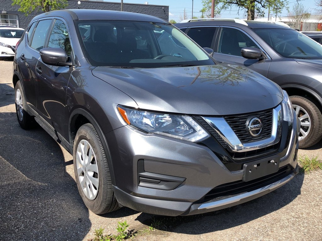2018 Nissan Rogue S FWD CVT in Mississauga, Ontario - 3 - w1024h768px