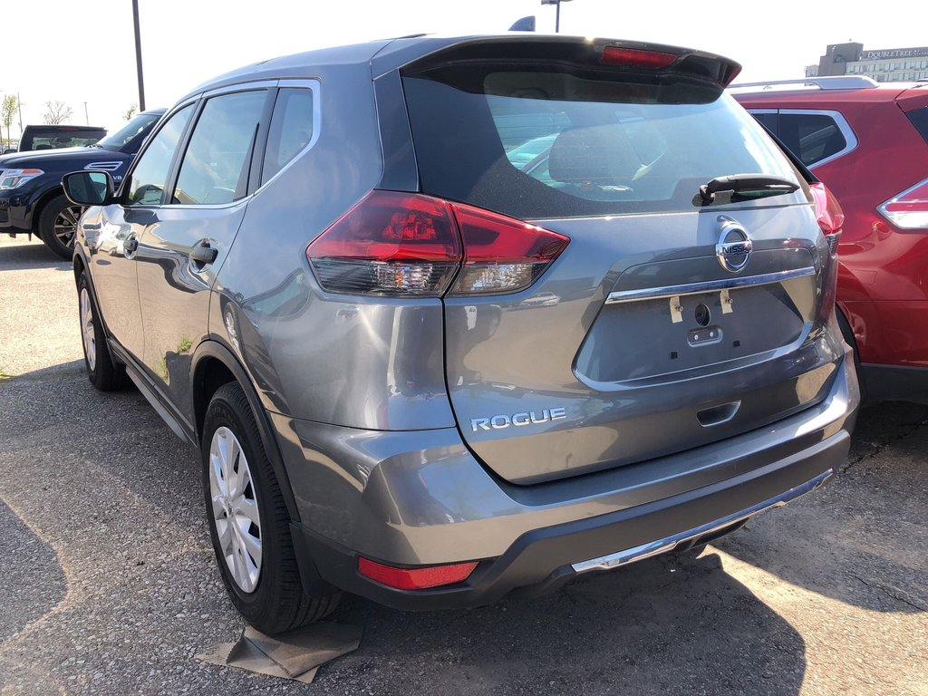 2018 Nissan Rogue S FWD CVT in Mississauga, Ontario - 5 - w1024h768px