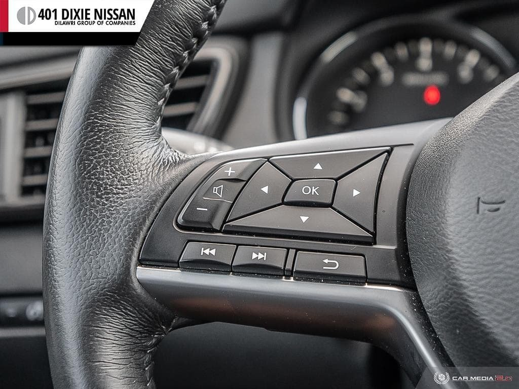 2018 Nissan Rogue SL AWD CVT in Mississauga, Ontario - 16 - w1024h768px