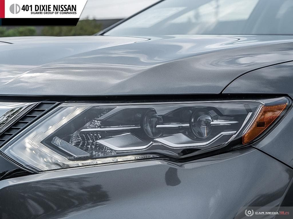2018 Nissan Rogue SL AWD CVT in Mississauga, Ontario - 9 - w1024h768px