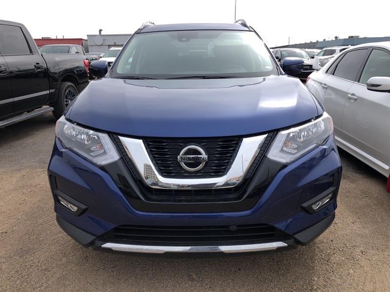 2019 Nissan Rogue SV AWD CVT in Regina, Saskatchewan - 2 - w1024h768px
