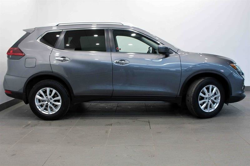 2019 Nissan Rogue SV AWD CVT in Regina, Saskatchewan - 1 - w1024h768px