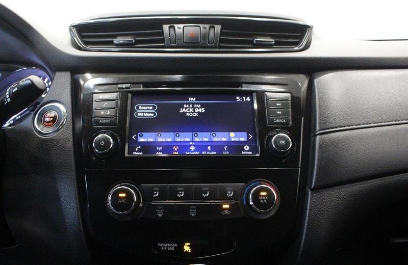 2019 Nissan Rogue SV AWD CVT in Regina, Saskatchewan - 7 - w1024h768px