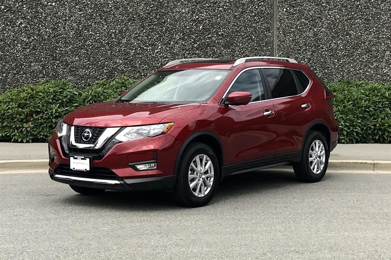 2019 Nissan Rogue SV AWD CVT in North Vancouver, British Columbia - 2 - w1024h768px