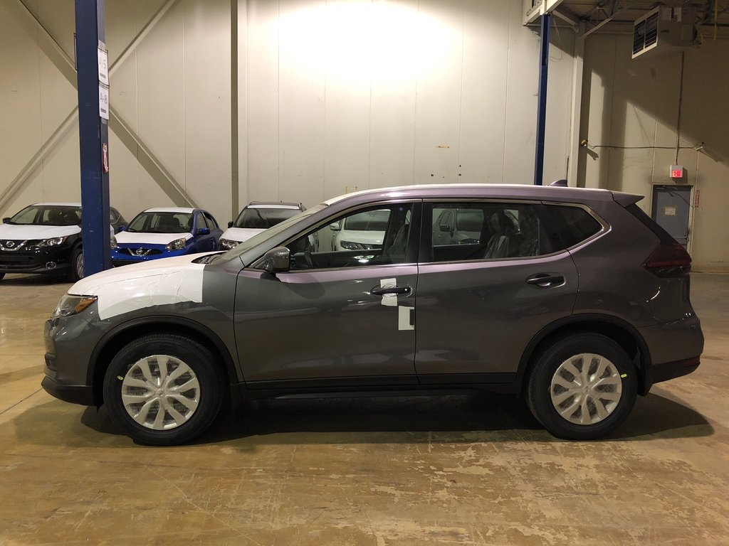 2019 Nissan Rogue S FWD CVT in Mississauga, Ontario - 2 - w1024h768px