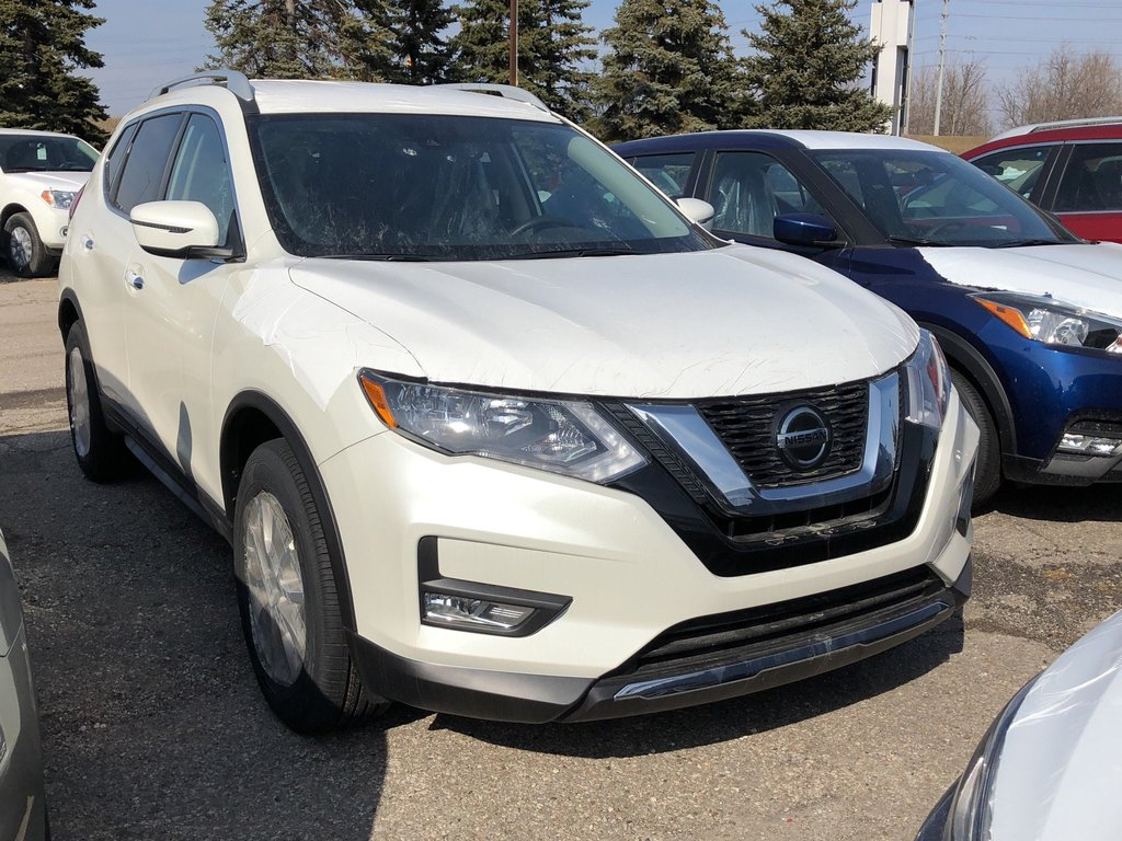2019 Nissan Rogue SV FWD CVT in Mississauga, Ontario - 2 - w1024h768px