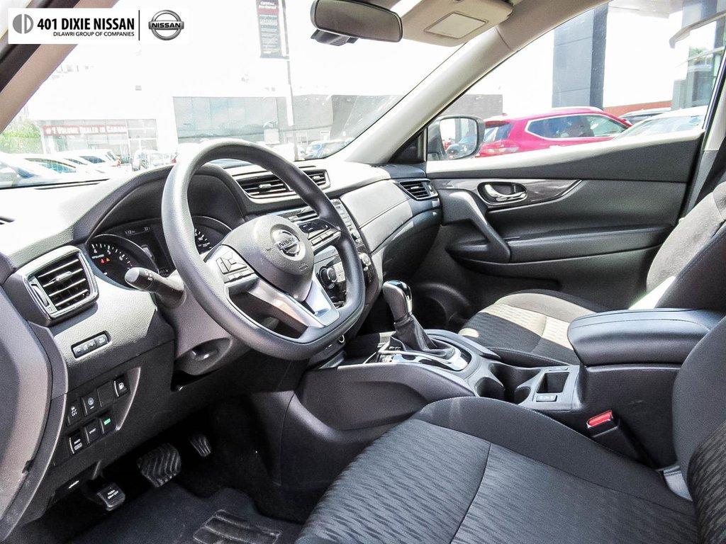 2019 Nissan Rogue SV AWD CVT in Mississauga, Ontario - 10 - w1024h768px