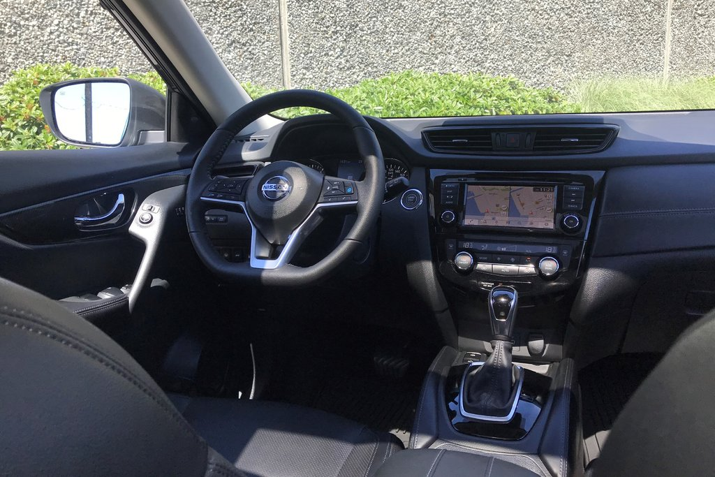 2019 Nissan Rogue SL AWD CVT in North Vancouver, British Columbia - 10 - w1024h768px