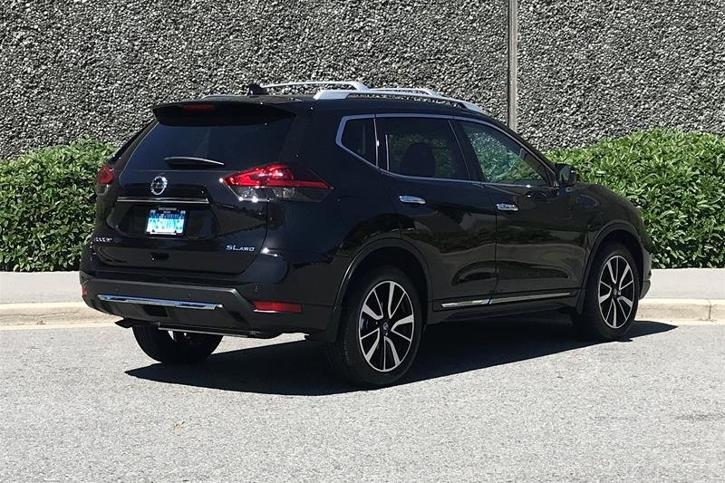 2019 Nissan Rogue SL AWD CVT in North Vancouver, British Columbia - 22 - w1024h768px