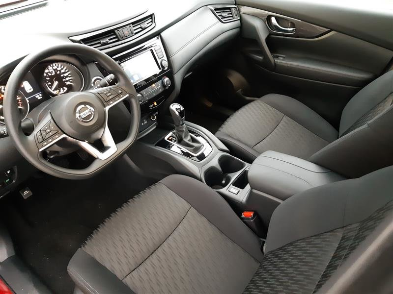 2019 Nissan Rogue SV AWD CVT in Vancouver, British Columbia - 10 - w1024h768px