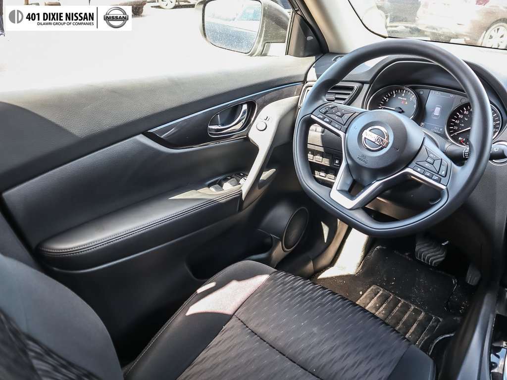 2019 Nissan Rogue SV AWD CVT in Mississauga, Ontario - 35 - w1024h768px