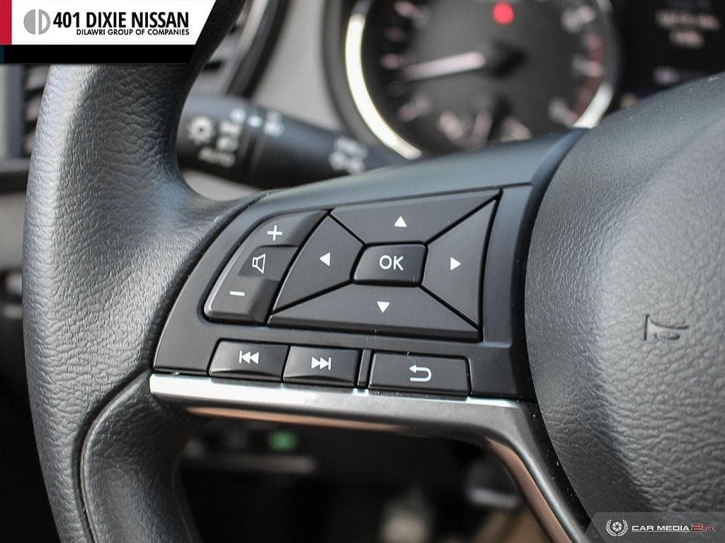 2019 Nissan Rogue SV AWD CVT in Mississauga, Ontario - 18 - w1024h768px