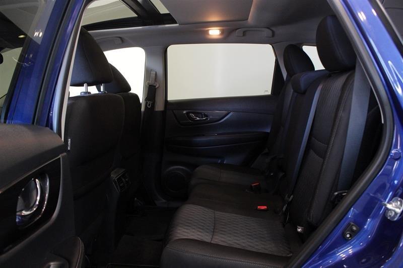 2019 Nissan Rogue SV AWD CVT in Regina, Saskatchewan - 12 - w1024h768px