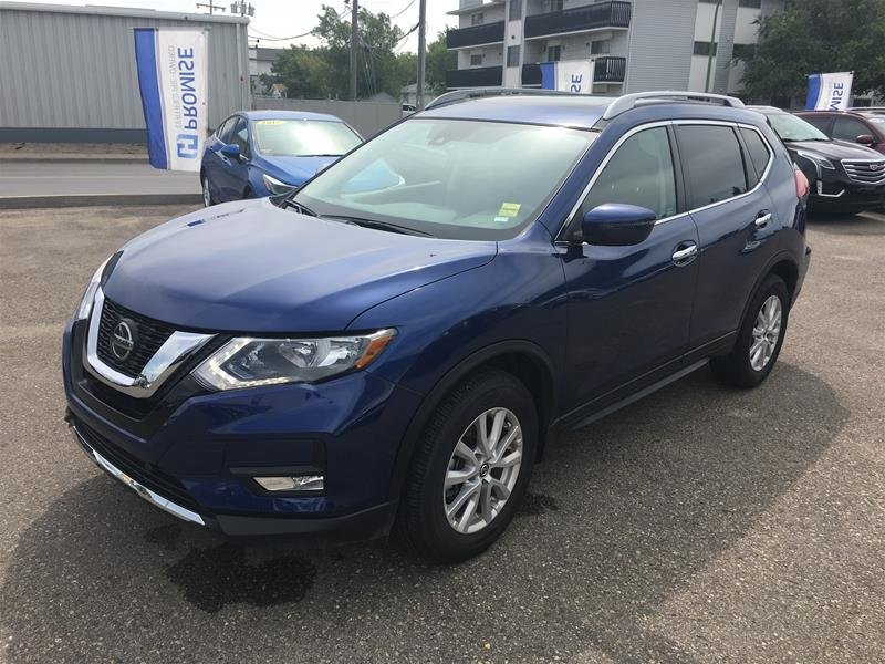2019 Nissan Rogue SV AWD CVT in Regina, Saskatchewan - 2 - w1024h768px
