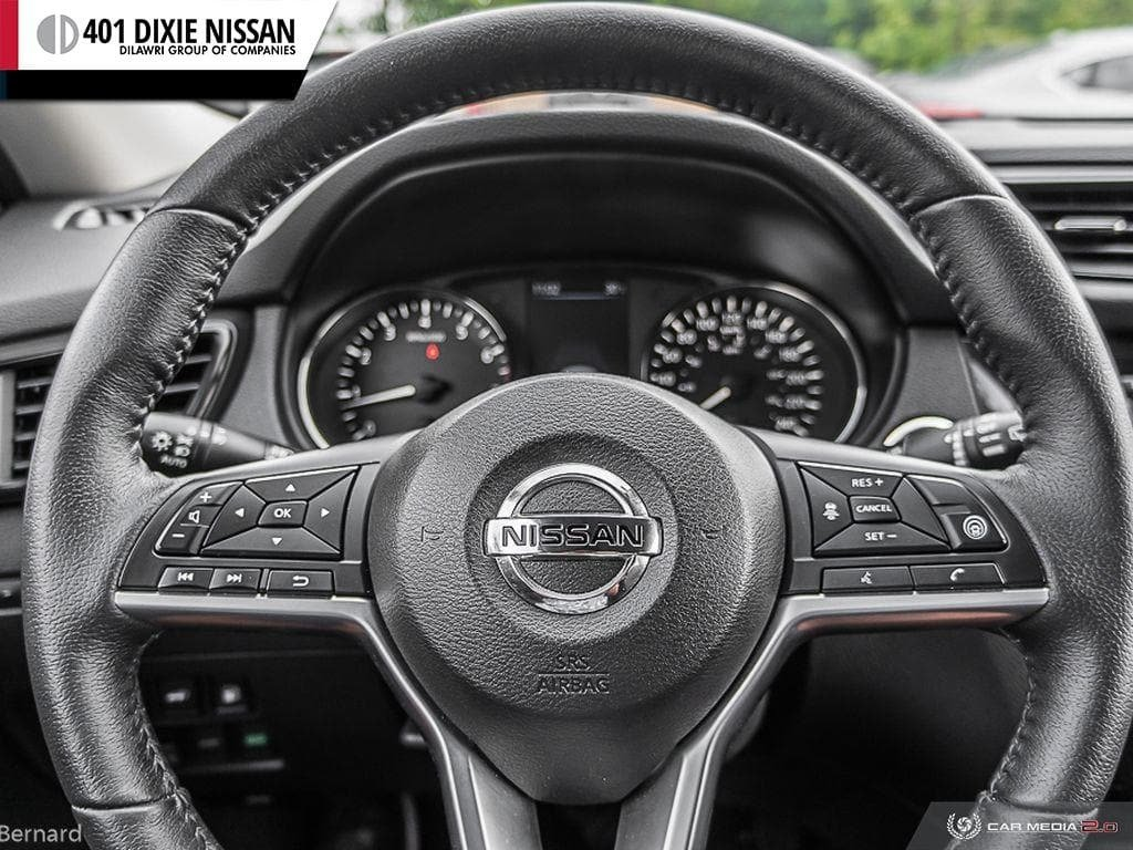 2019 Nissan Rogue SV AWD CVT in Mississauga, Ontario - 14 - w1024h768px