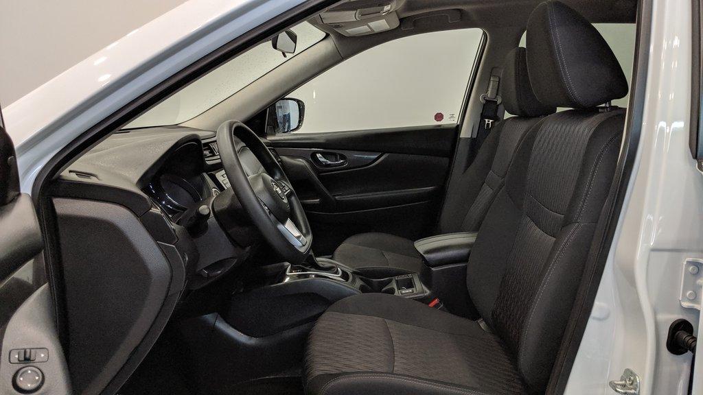2019 Nissan Rogue SV AWD CVT in Regina, Saskatchewan - 11 - w1024h768px
