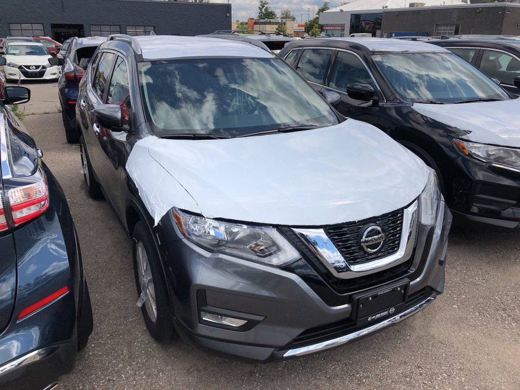 2020 Nissan Rogue SV AWD CVT in Mississauga, Ontario - 4 - w1024h768px