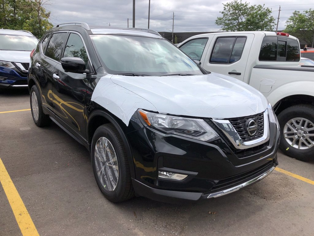 2020 Nissan Rogue SV AWD CVT in Mississauga, Ontario - 3 - w1024h768px