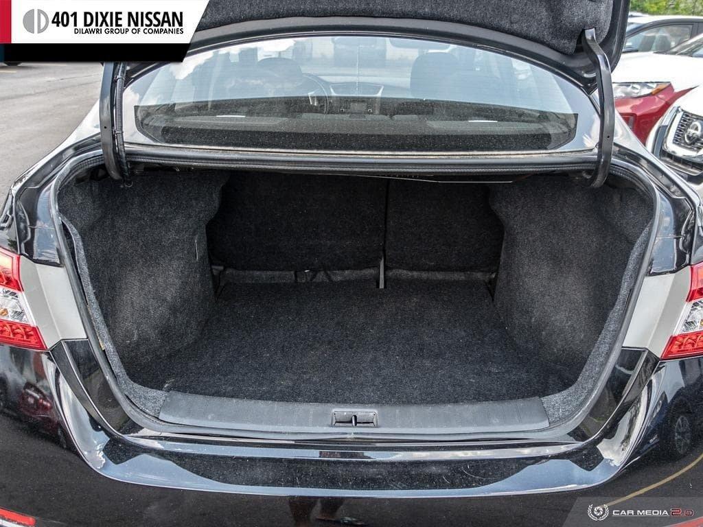 2014 Nissan Sentra 1.8 SR CVT in Mississauga, Ontario - 11 - w1024h768px