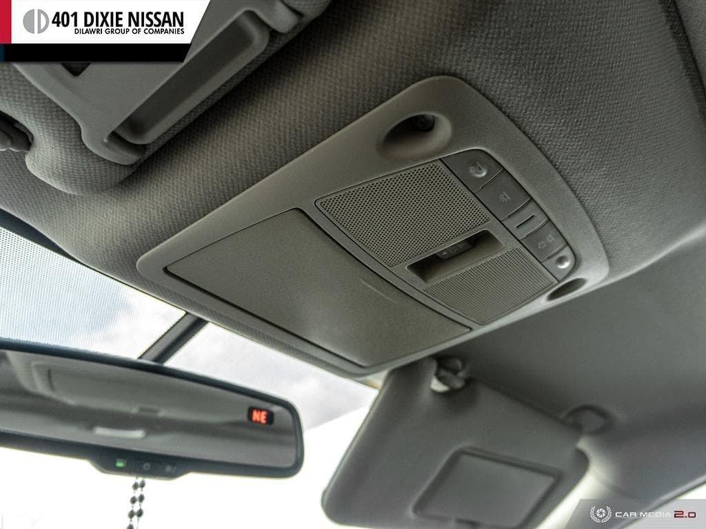 2014 Nissan Sentra 1.8 SR CVT in Mississauga, Ontario - 22 - w1024h768px