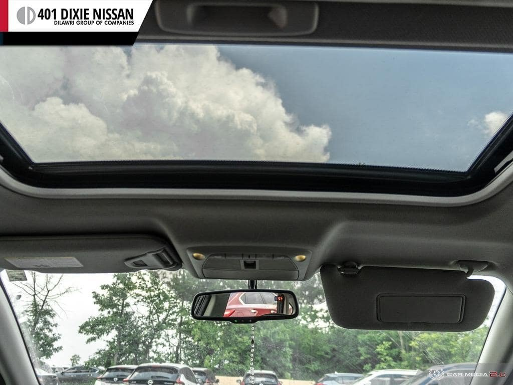 2014 Nissan Sentra 1.8 SR CVT in Mississauga, Ontario - 26 - w1024h768px