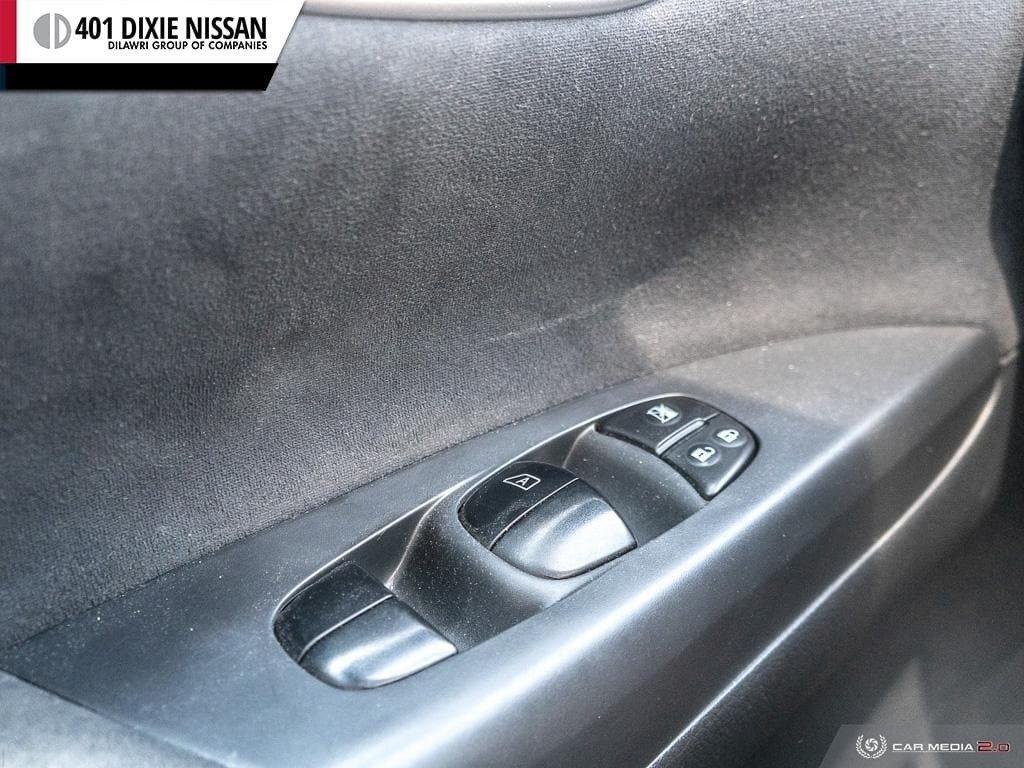 2014 Nissan Sentra 1.8 SR CVT in Mississauga, Ontario - 17 - w1024h768px