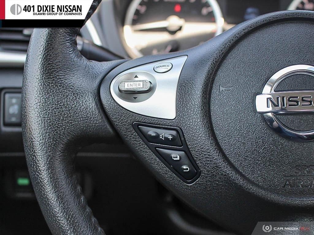 2016 Nissan Sentra 1.8 SV CVT in Mississauga, Ontario - 18 - w1024h768px