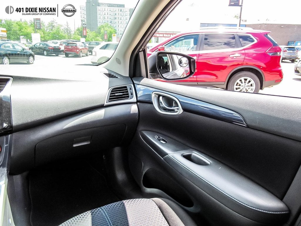 2017 Nissan Sentra 1.6 SR Turbo 6sp in Mississauga, Ontario - 16 - w1024h768px