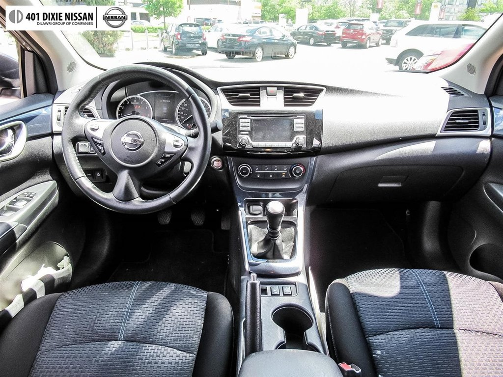 2017 Nissan Sentra 1.6 SR Turbo 6sp in Mississauga, Ontario - 13 - w1024h768px