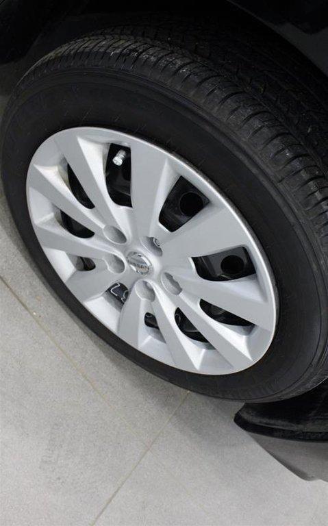 2019 Nissan Sentra 1.8 S 6sp in Regina, Saskatchewan - 17 - w1024h768px