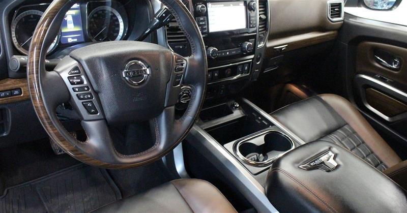 2018 Nissan Titan Crew Cab Platinum 4X4 in Regina, Saskatchewan - 9 - w1024h768px
