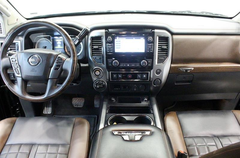 2018 Nissan Titan Crew Cab Platinum 4X4 in Regina, Saskatchewan - 13 - w1024h768px
