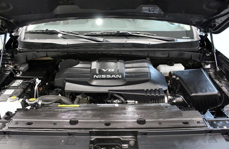 2018 Nissan Titan Crew Cab Platinum 4X4 in Regina, Saskatchewan - 17 - w1024h768px